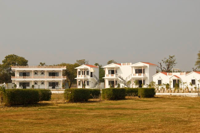 Outside area United-21 Lake City Resort, Udaipur