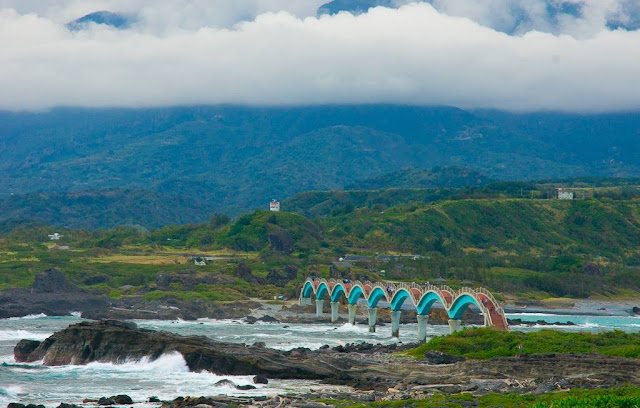 Rise Credit >> Sansiantai: Dragon Bridge to the Island of the Three Immortals ~ Kuriositas