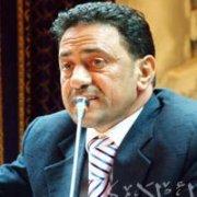 شاهد بالفيديو طرد الاخواني احمد ابو بركه من المؤتمر وسط اصرار شديد منه علي البقاء و تعليقه علي ما جري