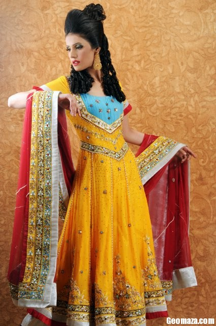 Mehndi Party Clothes : Bridal mehndi dresses fashion in new look