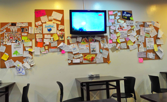 Foodie from the Metro - Chubby Chicken Katipunan Ambiance