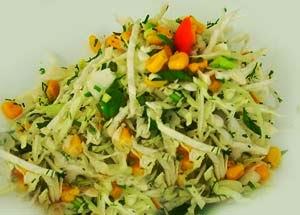 Салат быстрый с капустой и кукурузой