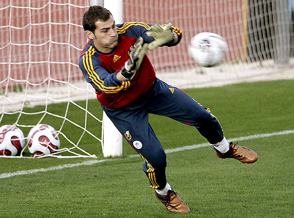 Iker Cillas Profile   Pictures Images