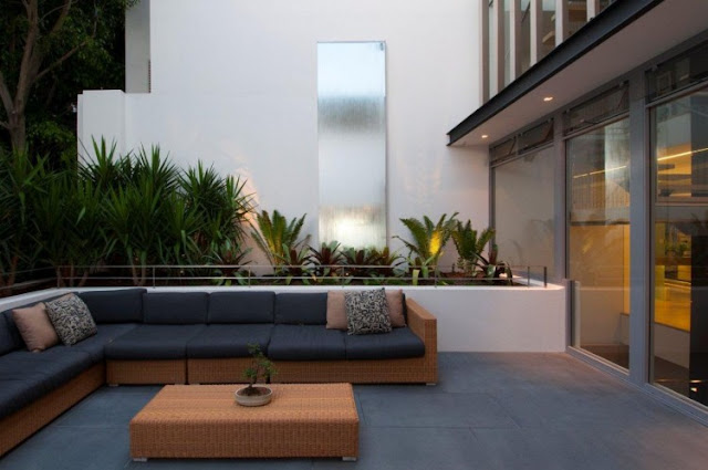 Photo of garden furniture in terrace of an amazing home in Sydney, Australia