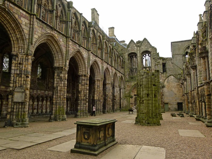 Holyrood Abbey, David I, Royal Vault, Scottish kings