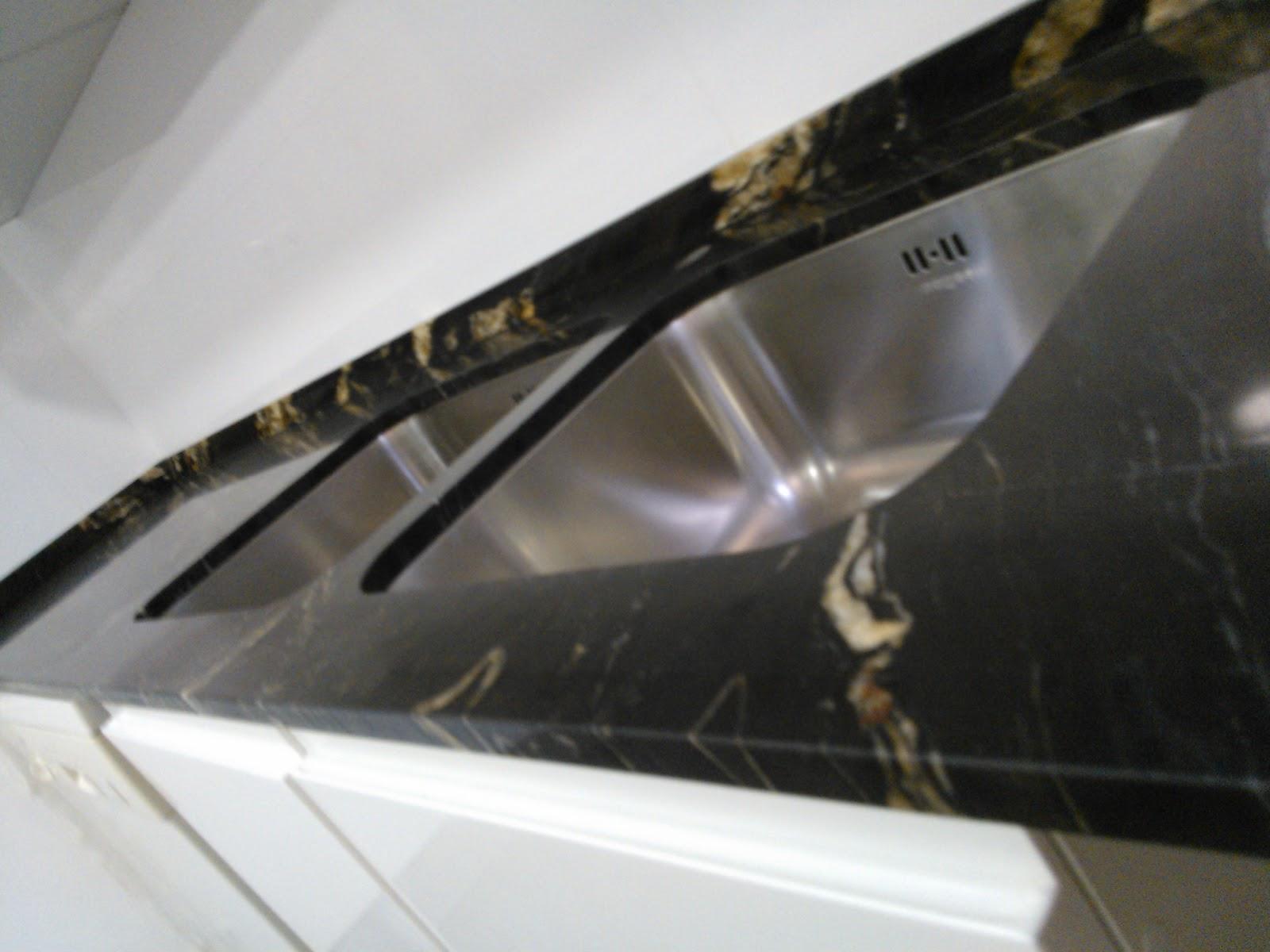 Marmoles vedat s l u montaje encimera granito naturamia for Granito importado colores