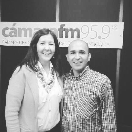 Seguimos con #VivirMejor en @CamaraFM