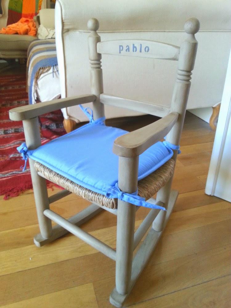 Silla restaurada para bebé Pablo