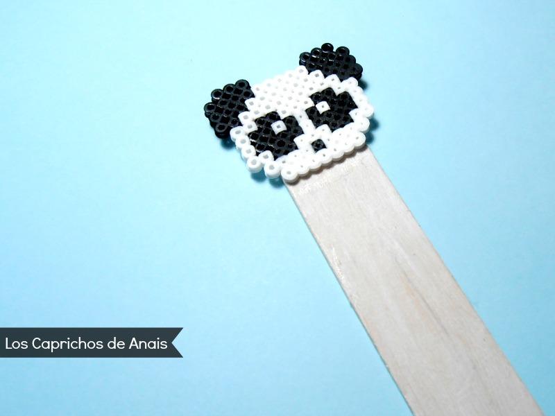 Marcapaginas Panda hama beads Los Caprichos de Anais
