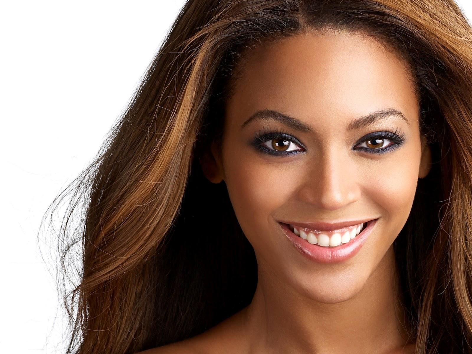 http://3.bp.blogspot.com/-z93dANt8y3Q/T1olhjDGDcI/AAAAAAAACAk/phcPttpEHBA/s1600/Beyonce-hot-piccol+(3).jpg