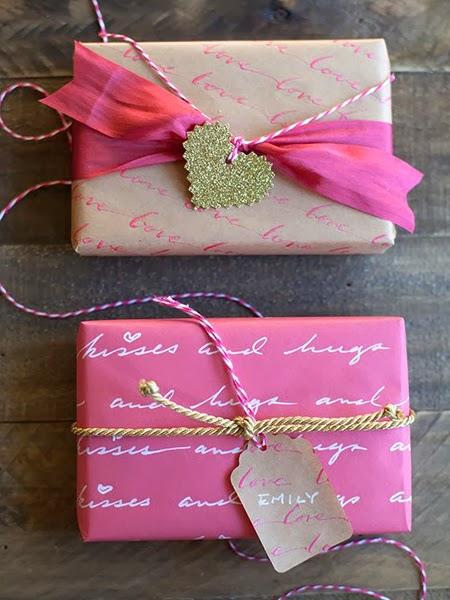 Аранжиране на подаръци за Свети Валентин