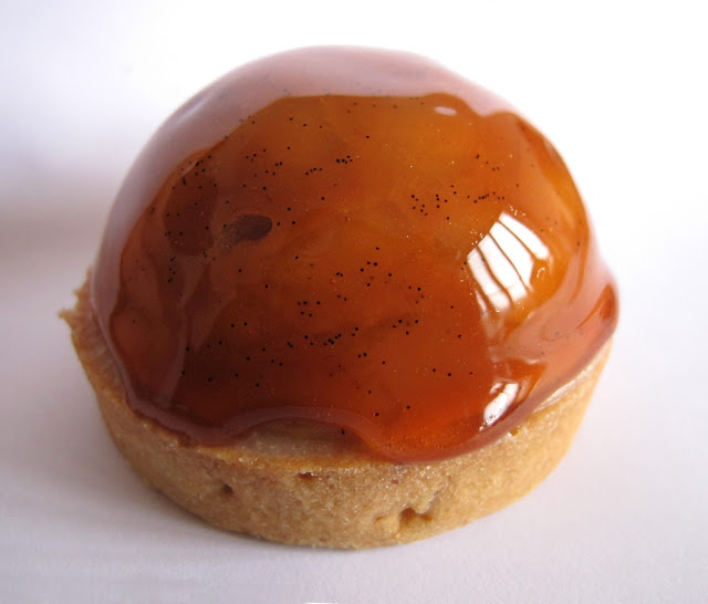 Pâtisserie Acide Macaron - Dome Pomme - Cidre