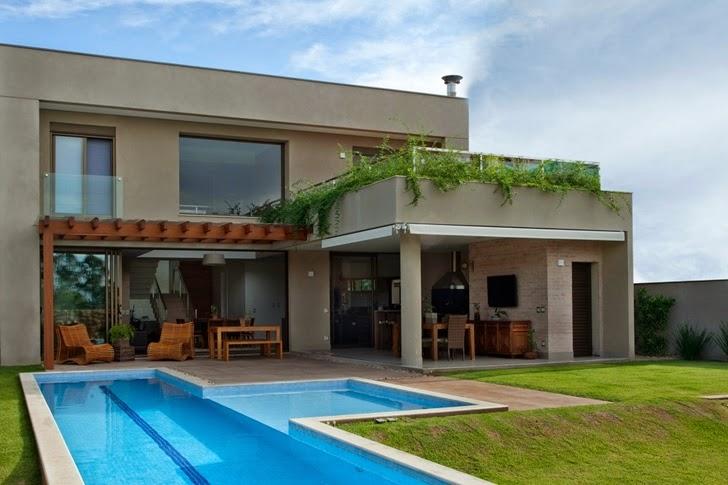 Casa brasileira com arquitetura e decora o moderna - Casas baratas con piscina ...