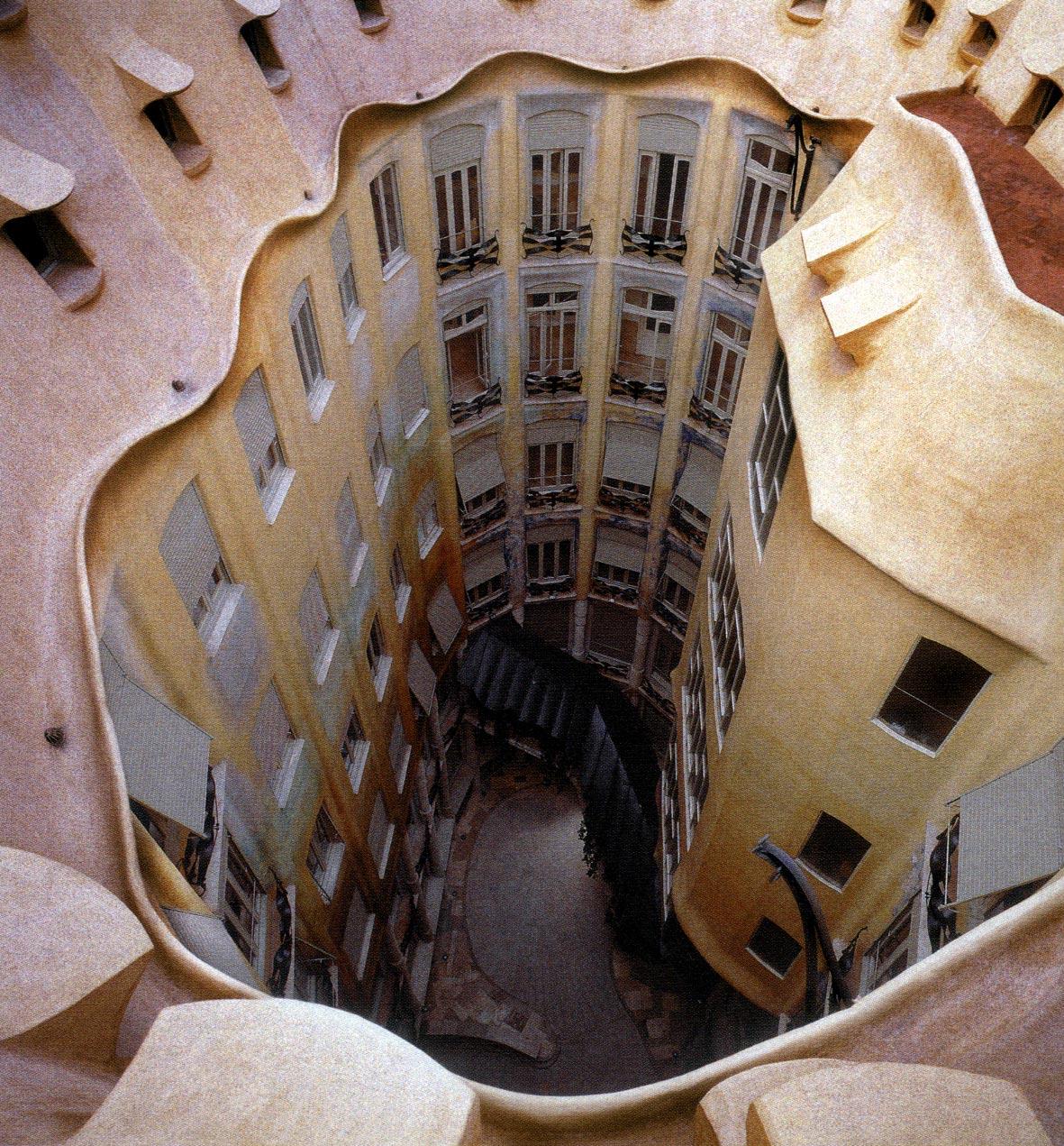 Barcellona gaudi 39 casa mila 39 la pedrera - Casa la pedrera gaudi ...
