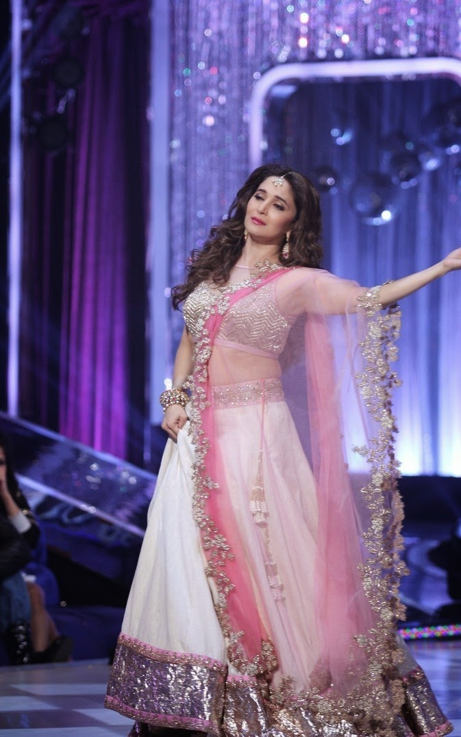madhuri dixit hot navel hd pics