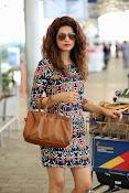 Shraddha das spotted at Airport-thumbnail-8
