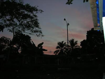 Amaneciendo en Tortuguero, Costa Rica, vuelta al mundo, round the world, La vuelta al mundo de Asun y Ricardo, mundoporlibre.com