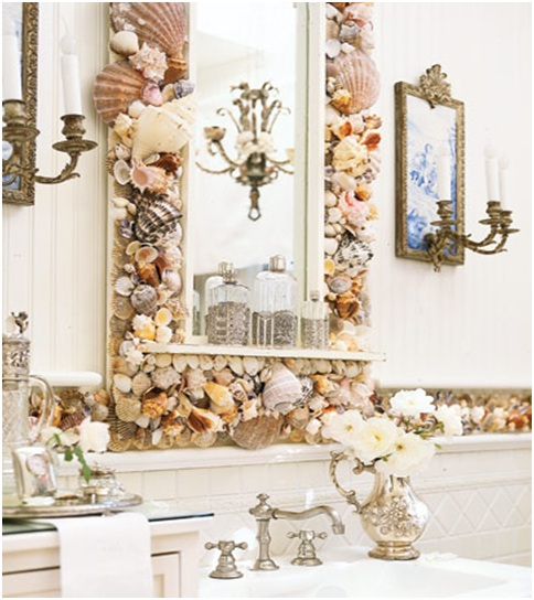 Idea to decorate the mirror in the bathroom. Old style decoration