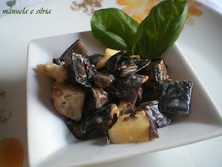 melanzane e patate alla piastra con crema di yogurt ed erbette fresche