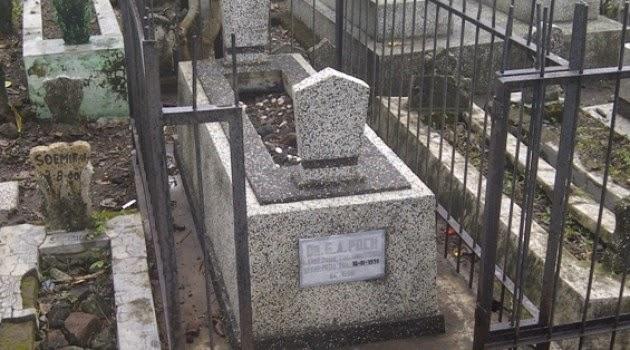 Ini Makam dr. Poch, Orang Yang Diyakini Adolf Hitler Yang Melarikan Diri dan Menyamar Hingga Meninggal di Surabaya