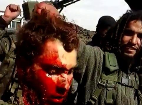 Isis Decapita a Prisionero