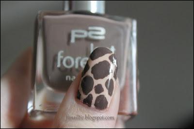 "Giraffenprint Safarinails; p2 210 + essence ""rosewood hood"""