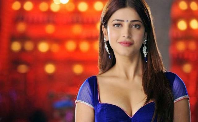 "Shruti Hasan in an Item Song ""Pimple Dimple"" from Yevadu"