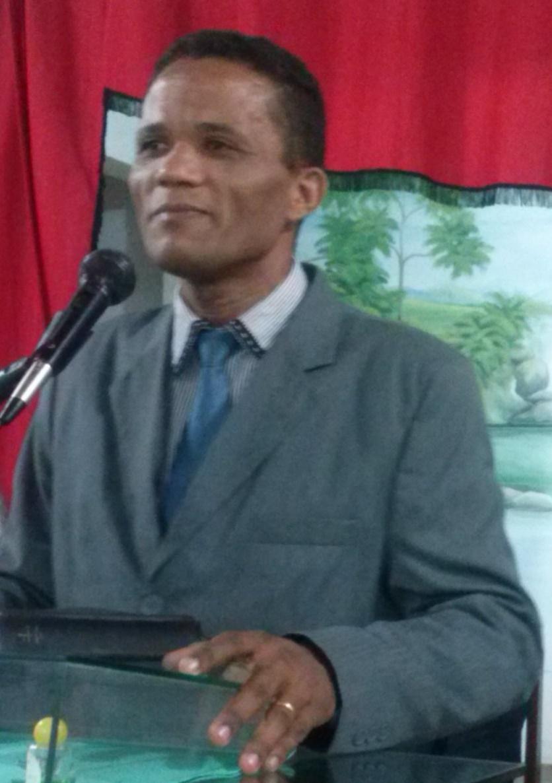 Pastor ednaldo
