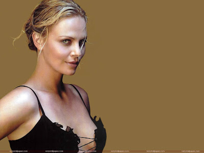 Charlize Theron Hot Wallpaper-1440x1280