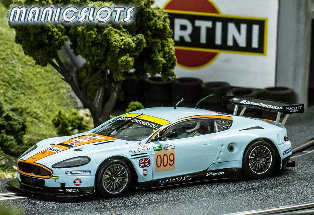 Black-Arrow-Aston-Martin-02.jpeg