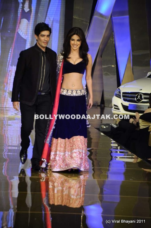 Priyanka Chopra in Manish Malhotra Dress1 - Priyanka Chopra Ramp Walk in Hot Dress by Manish Malhotra