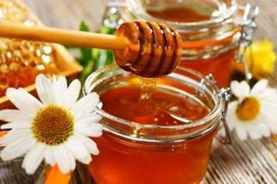 فوائد العسل في محاربة شيخوخة البشرة