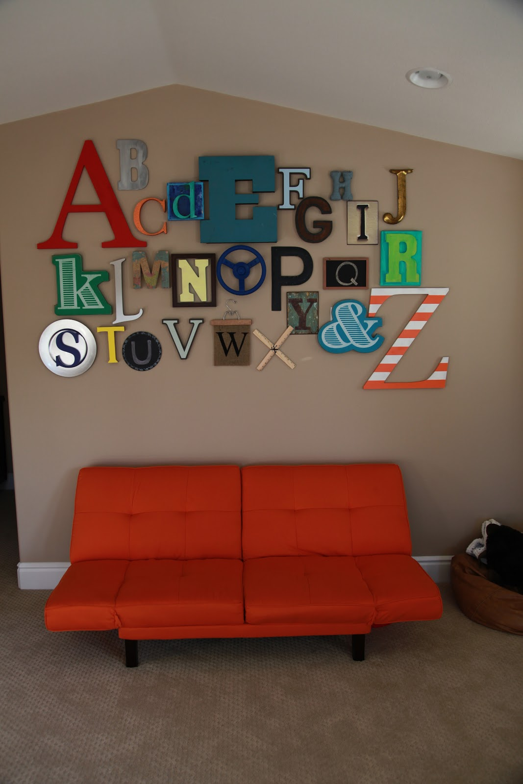 Abc alphabet wall color made happy for Living room 6 letters