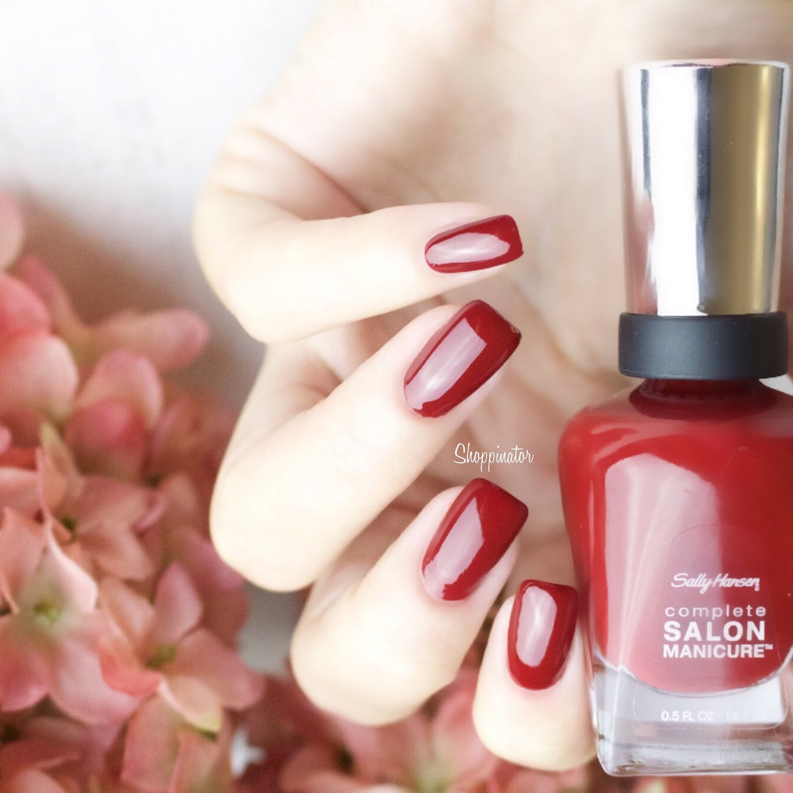 Shoppinator-Sally-Hansen-Designer-LE-limitiert-Collection-Fall-2015-Herbst-Winter-Beige-Glass-Rose-Glass-Winter-Sky-Maasai-Red-Lady-T-LadyT-Midnight-Affair-Swatches-Swatch-Review-Blau-Rot-Silber-Metallic-Nude-Essie-Urban-Jungle-Dupe-Nagellack-Polish-Nailpolish-Lackiert