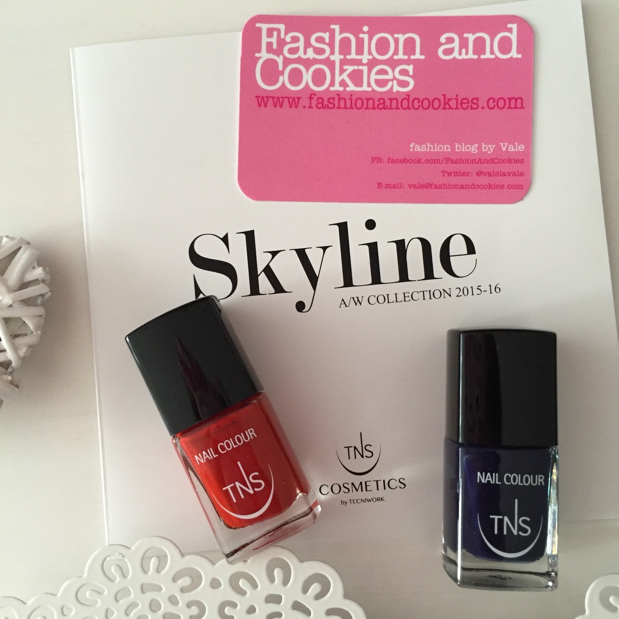 Skyline Collection, Heartbreaker and Night Life from Skyline limited edition TNS Cosmetics on Fashion and Cookies beauty blog, beauty blogger