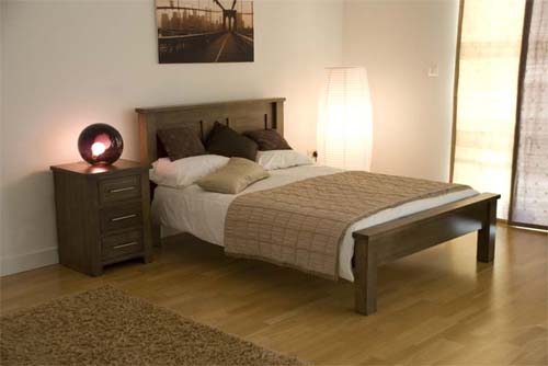 Exotic solid oak bedroom furniture to give graceful and for Bedroom ideas oak furniture