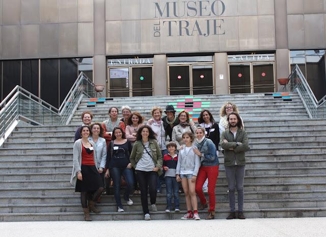 Sweet Sixteen  en el DIA INTERNACIONAL DE TEJER EN PÚBLICO en el MUSEO DEL TRAJE!!! Junio 2013