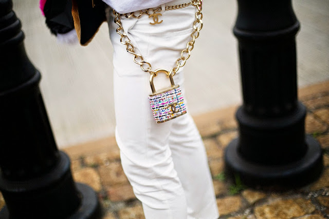 cadena con candado Chanel, New York Fashion Week, sept 2014 Foto Vogue