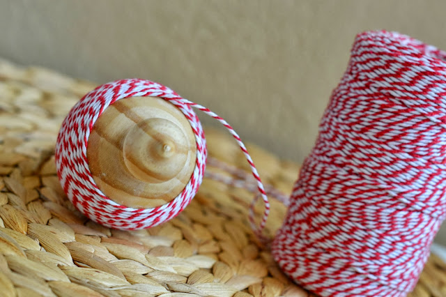 mommy testers, DIY bakers twine ornaments, Easy DIY Christmas ornaments, DIY Christmas ornaments for kids, bakers twine ornaments