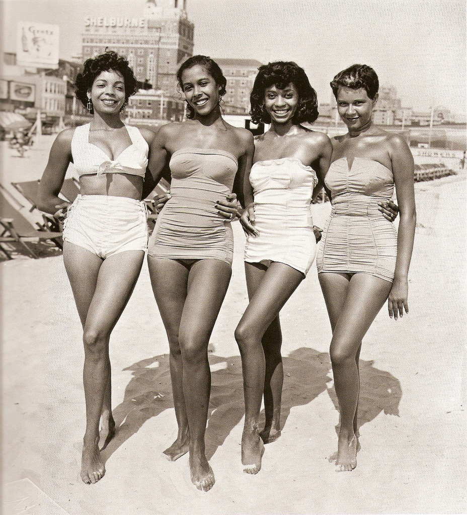 Vintage women in bathing suits