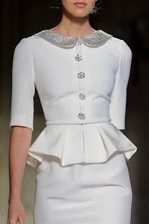 haute couture romantique soie dentelle calais or argent papillons