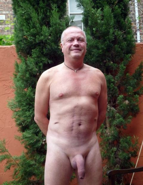 Mature gay men nude photos