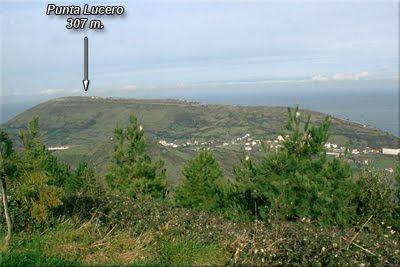 Punta Lucero visto desde la cima de Montaño