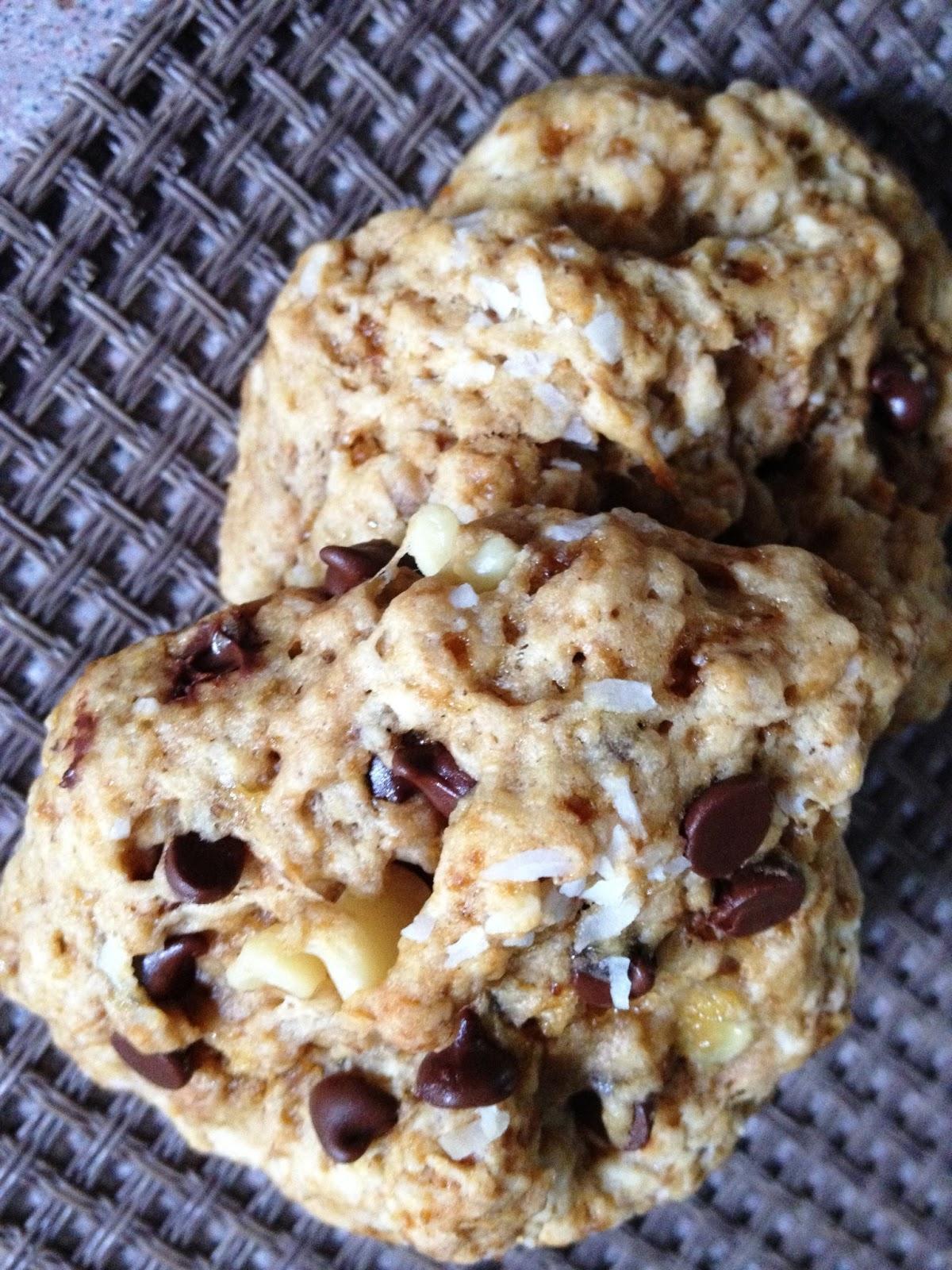 Cooking Quidnunc: Coconut Chocolate Chip Vegan Cookies