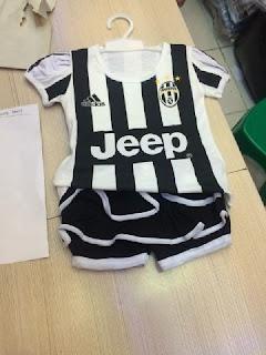gambar desain terbary jersey setelan rok balita gambar foto photo kameraJersey setelan rok bayi Juventus home Adidas terbaru musim 2015/2016 di enkosa sport toko online terpercaya lokasii di jakarta pasar tanah abang