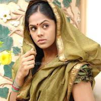 Actress karthika hit image