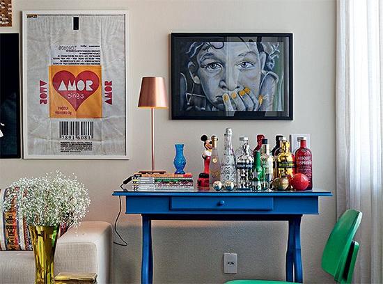 estante bar, estante, bar, bar em casa, bar na sala, vintage, mini bar, movel para bar, movel azul, movel pintado, carrinho bar, bar cart