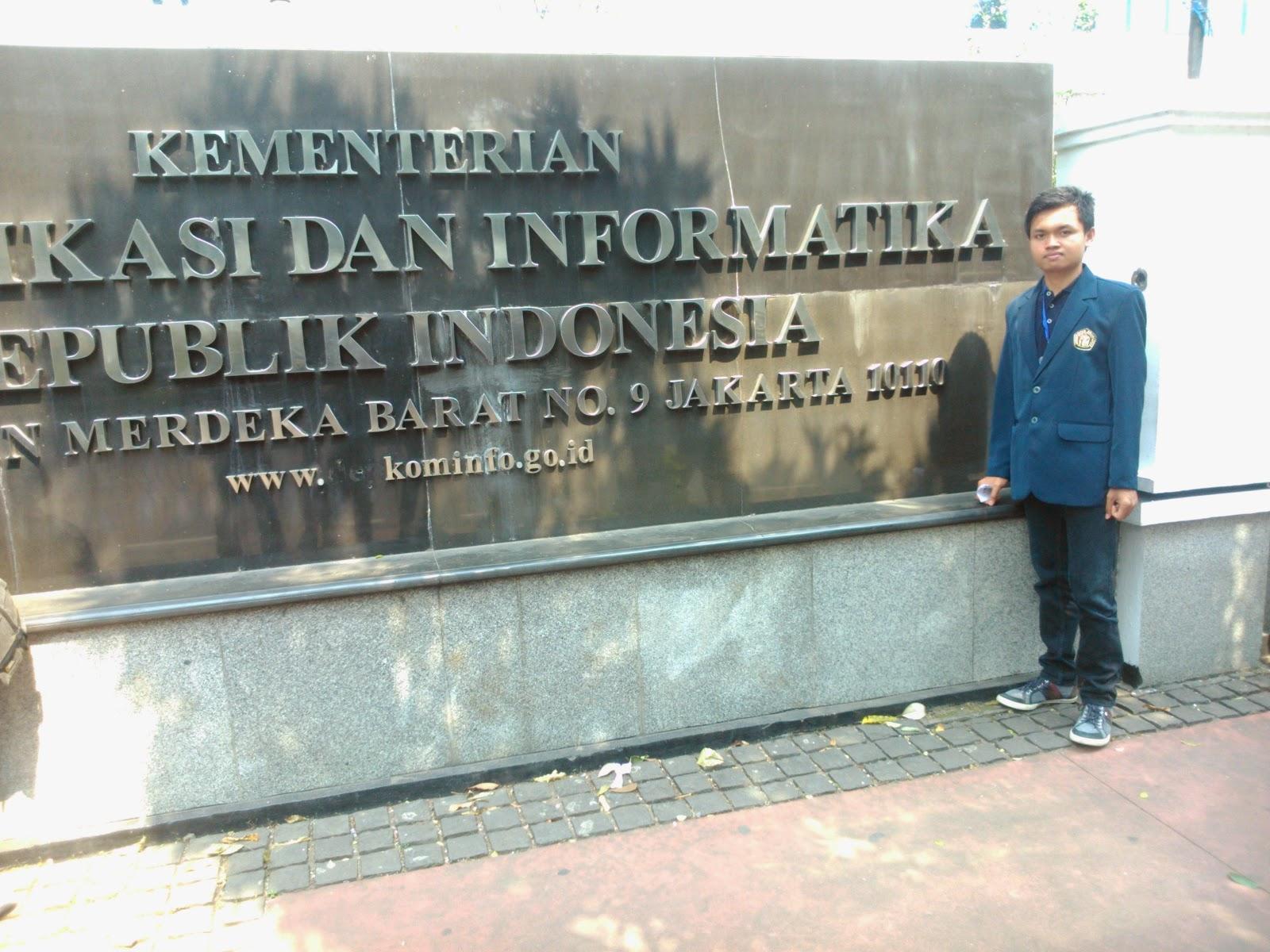 Gustian Ri'pi - Kementrian Informasi dan Informatika