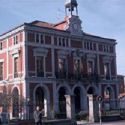 Ayuntamiento de Aller despide a Aqualia
