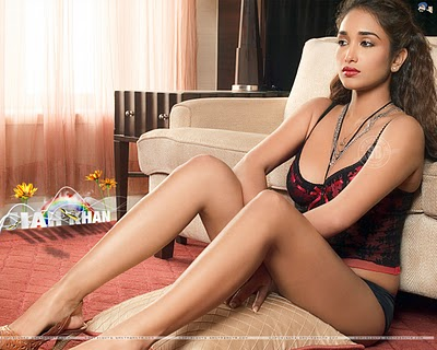 jiah khan thigh show